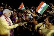 Prime Minister Narendra Modi meets people of Indian community upon his arrival at Mahe