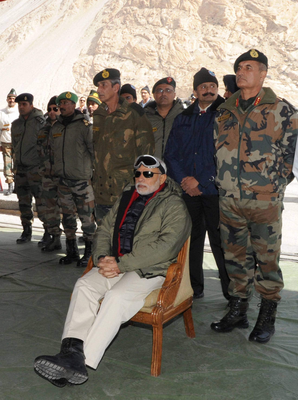 Prime Minister, Narendra Modi, Siachen Base Camp, surprise, Siachen