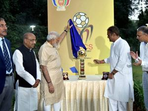 Prime Minister Narendra Modi with Union Sport Minister Vijay Goyal, Praful Patel, President All  India Football Federation