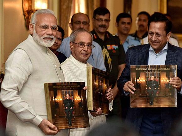 President Pranab Mukherjee - A Statesman, Narendra Modi, President of India, Photo Book
