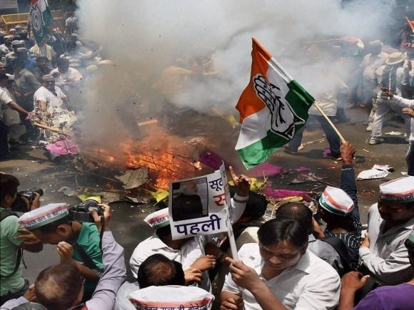 Arvind Kejriwal, Jantar Mantar, Congress, BJP, AAP