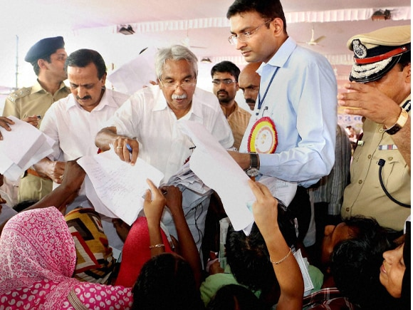 Kerala CM, Oommen Chandy, Karuthal 2015, Political Pictures