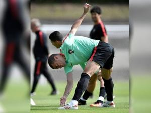 Portugal's Pepe exercises during a training session in Marcoussis