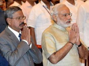 Prime Minister Narendra Modi with Chief Justice of India H L Dattu