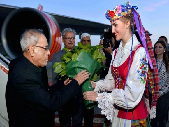 President of India, Pranab Mukherjee, Belarus, Deputy Prime Minister of Belarus, Vladimir Semashko, Minsk International Airport