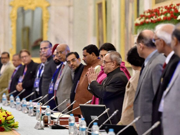 President of India, Pranab Mukherjee, HRD Minister of India,  Smriti Irani, Central universities, Vice Chancellors,  Rashtrapati Bhavan