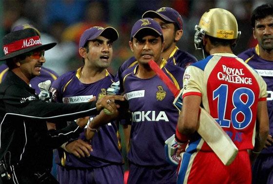 RCB batsman Virat Kohli and Kolkata Knight Riders Gautam Gambhir arguing during IPL 6 match