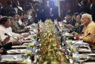 Prime Minister Narendra Modi and Sri Lankan President Maithripala Serisena