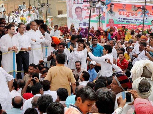 Rahul Gandhi, Rajasthan, Padyatra, Congress, Sachin Pilot, Ashok Gehlot, Narendra Modi, Modi, Farmer, Hanumangarh, Jaipur, Khotawali, Amarasinghwala Village, Monsoon Session, BJP