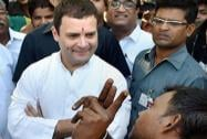 Rahul Gandhi meets poor workers in Delhi