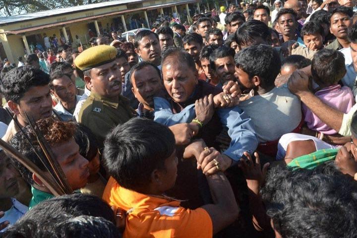 Rajnath Singh, Union Home Minister of India, Tarun Gogoi, Chief Minister of Assam, Sonitpur, Guwahati, victims, Bodo militants, Rangapara
