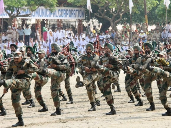 Army band march, Jammu and Kashmir Police, Bakhshi Stadium, Srinagar, Independence Day, 69th Independence Day, Preparations for Independence Day, Independence Day preparations