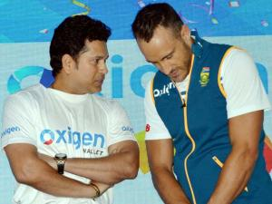 Cricket legend Sachin Tendulkar with South African player_Faf du Plessis at an event in Gurgaon