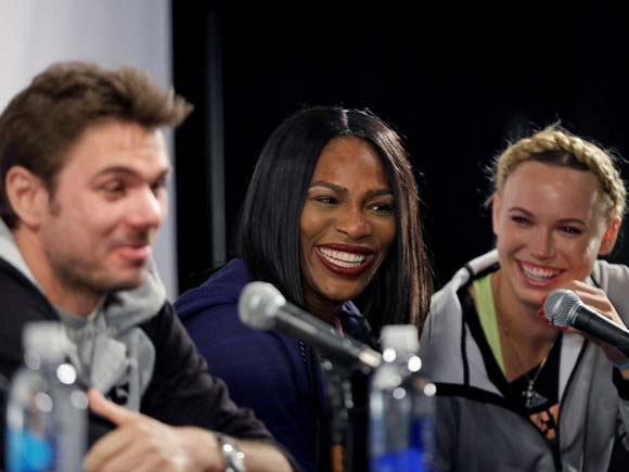 Serena Williams news, Caroline Wozniacki news, Caroline Wozniacki dress, Madison Square Garden events, tennis exhibition matches, tennis exhibition matches 2016