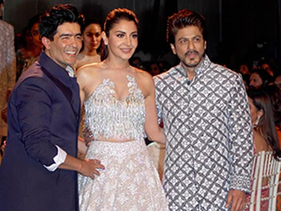 Mijwan Summer 2017, Shah Rukh Khan, Anushka Sharma, Manish Malhotra, Shabana Azmi, fashion show