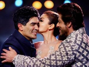 Shah Rukh Khan, Anushka Sharma along with fashion designer Manish Malhotra