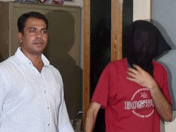Sheena Bora murder case, Indrani Mukerjea, Khar Police Station, Sanjeev Khanna