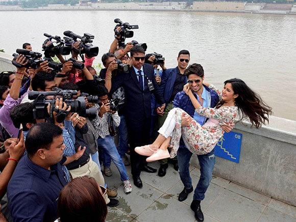 Baar Baar Dekho, Siddharth Malhotra, Katrina Kaif, Sabarmati river front