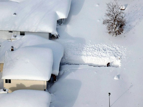 New York, Snowstorm, Snowfall, Floods, US, Orchard Park, Buffalo, Cheektowaga,