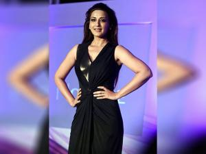 Sonali Bendre during the launch of  'Oriflame' in Mumbai