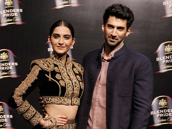Fashion, Sonam Kapoor, Aditya Roy Kapoor, Blenders Pride Fashion Tour 2016, Blenders Pride