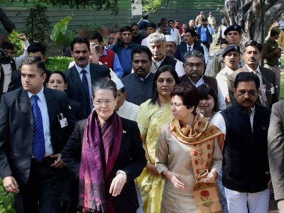 Sonia Gandhi, Manmohan Singh, Coal Scam, Congress, BJP, Chidambaram