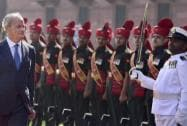 Spanish Defence Minister Pedro Morenes Eulate reviews guard of honour i