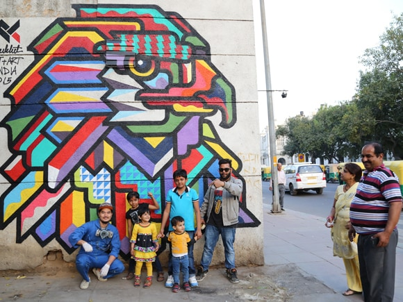 Street Art,St+Art Foundation,Graffiti,Axel Void,Daku,Lady Aiko,Conquer the Concrete,Guesswho,Banksy,Shahpurjat Village