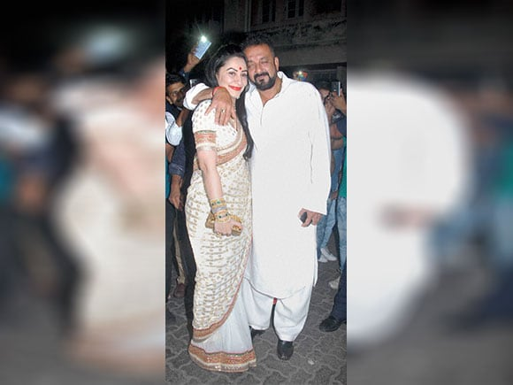 Sanjay Dutt, Manyata Dutt,  Aamir Khan, Diwali Party