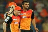 David Warner and Bipul Sharma of the Sunrisers Hyderabad celebrates wicket of Manan Vohra