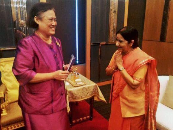 Foreign Minister of india, Sushma Swaraj, Bangkok, Princess of Thailand, Maha Chakri Sirindhorn, Indian Businessmen, Businessmen, India, Thailand