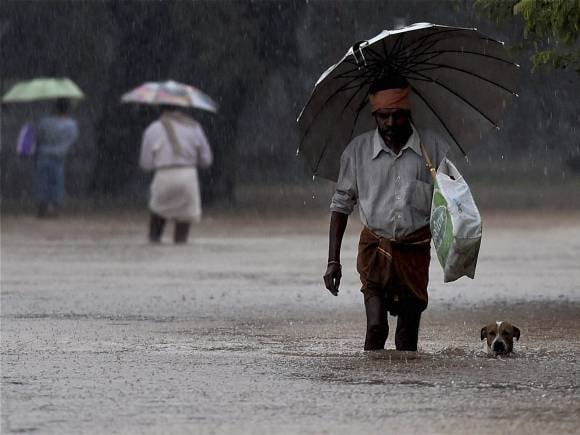 Chennai Rains, Tamil Nadu, Chennai floods, Chennai rains live updates, Rains, Chennai floods live updates, J Jayalalithaaa, Chennai airport shut, AIADMK, Narendra Modi, Indian Army, NDRF, Tamil Nadu Rains, Indian Navy