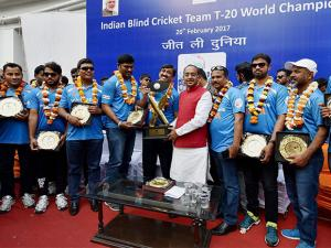 Vijay Goel poses for a group photo with the Indian  Team of T20 World Cup Cricket for the Blind 2017