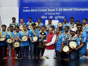 Vijay Goel poses for a group photo with the Indian  Team of T20 World Cup Cricket for the Blind 2017, at a felicitation function