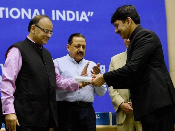 Amitabh Singh Dhillon, DIG, Finance Minister of India, Arun Jaitley, D P Kohli, CBI,  ACB,