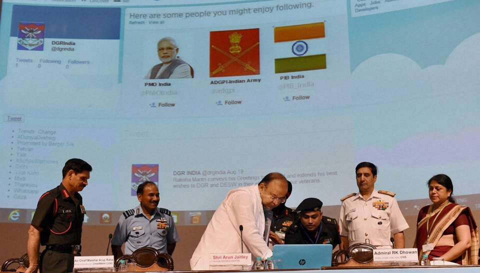 Defence Minister, Arun Jaitley, releasing, CII  journal, Air Chief, Marshal Arup Raha, Navy Chief,  Admiral RK Dhowan,  Army chief, Gen Dalbir Singh Suhag, the  inauguration, DGR Corporate Conclave 2014