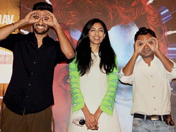 Raman Raghav 2.0, Raman Raghav 2.0 trailer, Nawazuddin Siddiqui, Anurag Kashyap, Vicky Kaushal, Sobhita Dhuliwala, Raman Raghav, anurag kashyap movies, anurag kashyap films, nawazuddin siddiqui movies, nawazuddin siddiqui new movie, anuschka sawhney