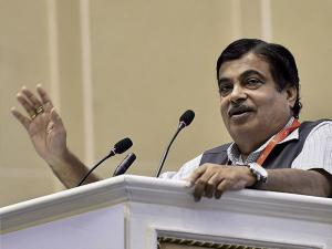 Nitin Gadkari addresses during Logistics Summit 2017