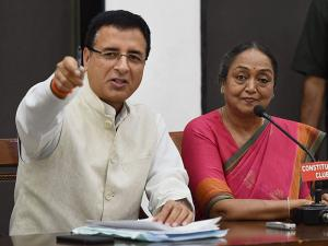 Presidential Candidate Meira Kumar and Congress office bearer Surjewala address