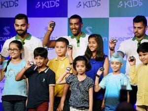 Virat Kohli (L) at the launch of Stepathlon Kids