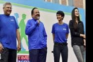 Union Minister for Health and Family Welfare Harsh Vardhan shares a light moment with actors Mandira Bedi and Kriti Sanon