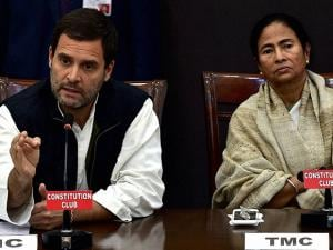Rahul and  Mamata Banerjee during joint press conference