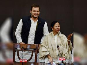 Rahul and West Bengal Chief Minister Mamata Banerjee during joint press conference