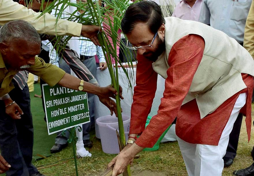Prakash Jawadekar, Minister of Environment, Forests, Climate Change, zoo officials  replica, new tickets, national Zoological park, celebrations, Wildlife week 2014