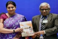 Smriti Irani and Aero Systems DS & DG, Dr K Tamilmani
