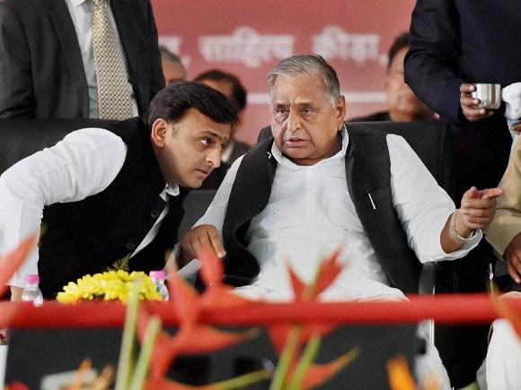 Yash Bharti award, Uttar Pradesh CM,  Akhilesh Yadav, Mulayam Singh Yadav, Samajwadi Party