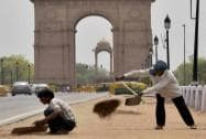 MCD workers busy in preparations for the upcoming Yoga Day celebrations