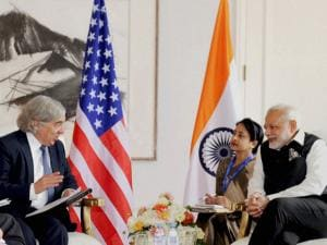 PM Modi with the US Secretary of Energy, Ernest Moniz
