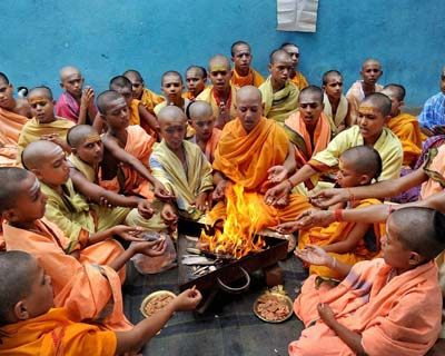 Priests perform special worship for monsoon rains