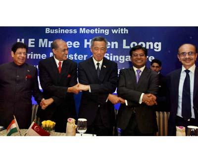 Singapore PM at an Indian biz meet